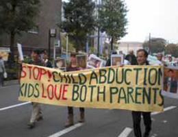 共同親権法制化とハーグ条約批准を求めるデモ1